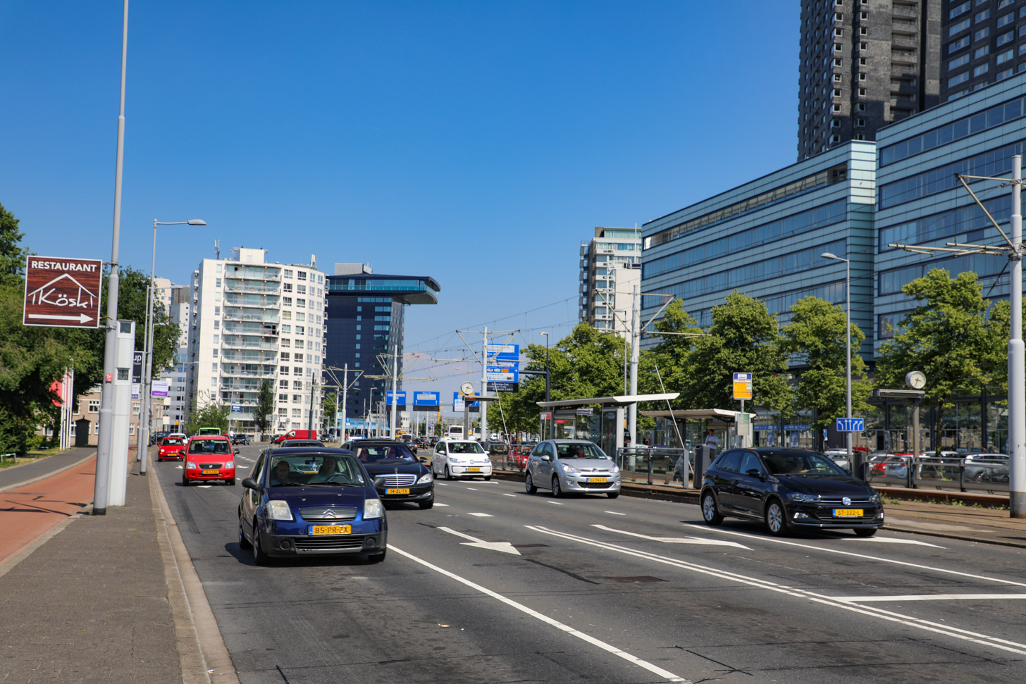 Met de auto naar Rotterdam reizen